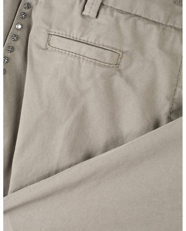 Pantalon chino raccourci détail clous Stella CAMBIO