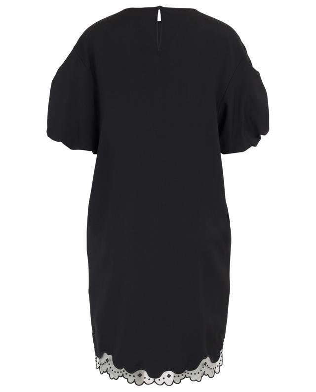 Robe ample ornée de tulle brodé échancré N°21