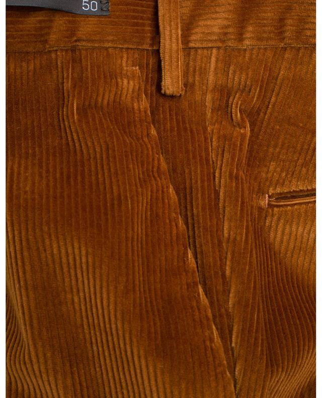 Schmal geschnittene Kordhose PT01