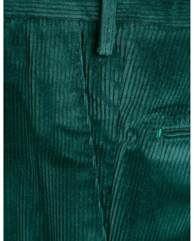 Pantalon slim en velours côtelé PT01