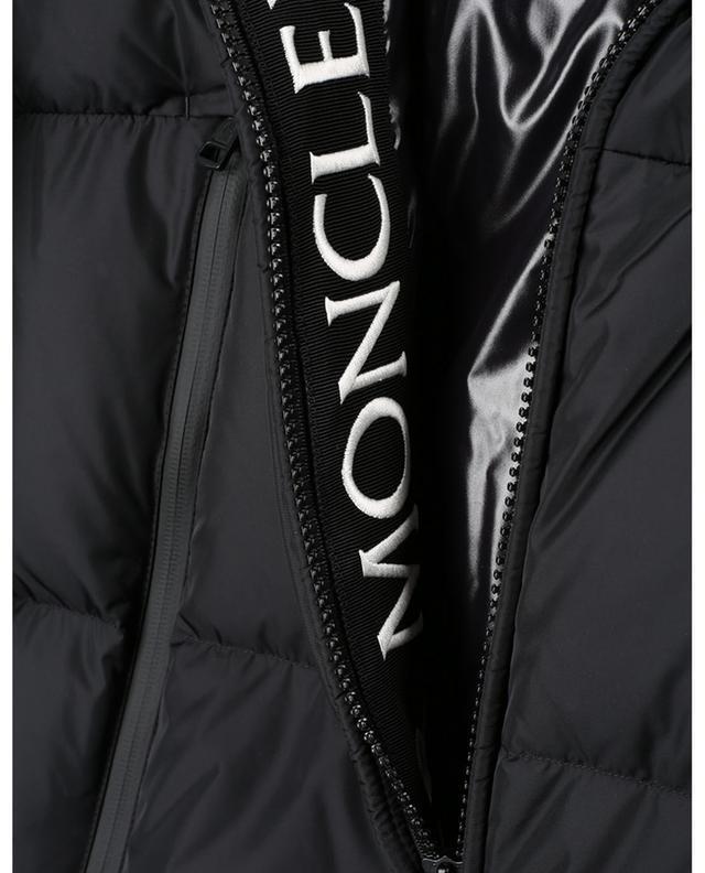 Doudoune courte à capuche brodée logo Montcla MONCLER