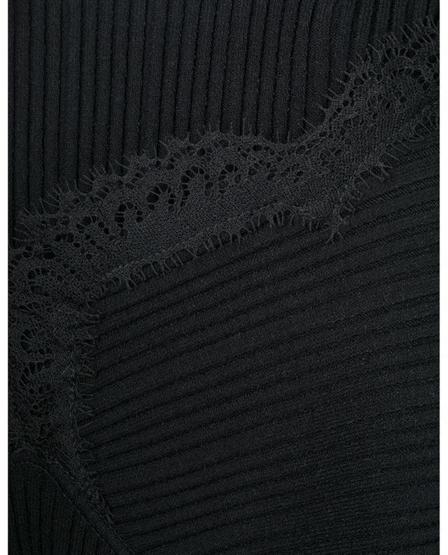Pull chaussette côtelé à col carré embelli de dentelle N°21