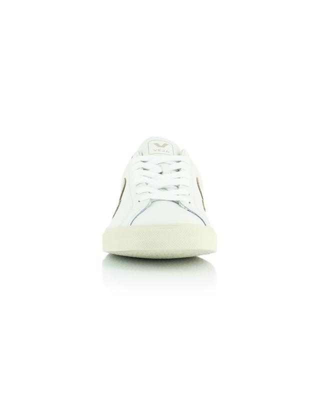 Baskets extra blanches en cuir avec monogramme couleur platine Esplar VEJA