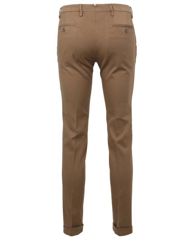 Slim-Fit-Hose aus Baumwolle in Piqué-Optik mit Umschlägen B SETTECENTO