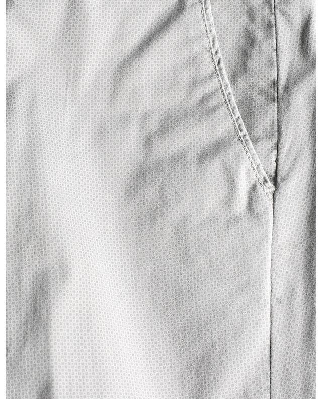 Pantalon chino slim imprimé dés et pois B SETTECENTO