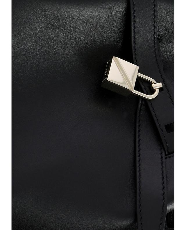 Valentino rockstud beuteltasche aus leder schwarz a42875
