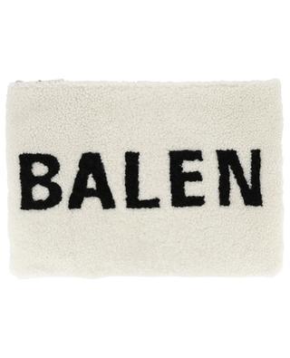 Pochette en peau lainée Shearling BALENCIAGA