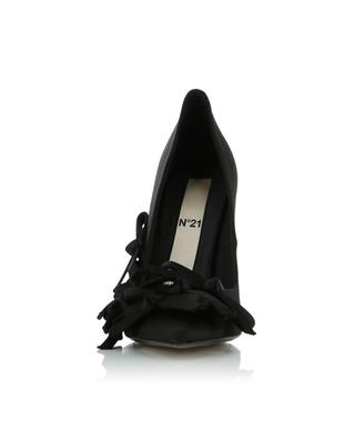 Pumps aus Satin N°21