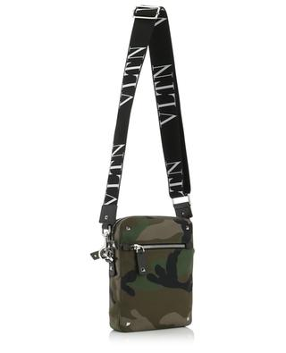 Kuriertasche aus Nylon mit Camouflage-Print VALENTINO