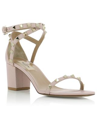 Sandalen aus genarbtem Leder Rockstud VALENTINO