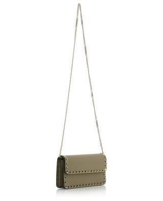 Brieftasche aus genarbtem Leder mit Kettengurt Rockstud VALENTINO