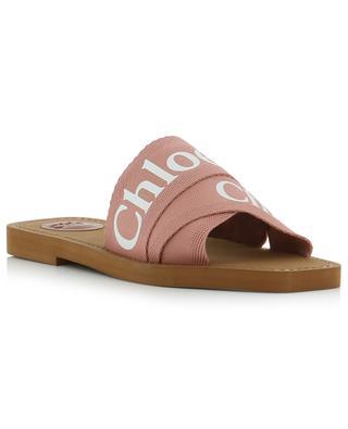 Flache Sandalen mit Logo Woody CHLOE