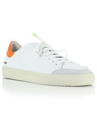 Baskets en cuir blanc, daim gris et cuir orange Clean 90 AXEL ARIGATO