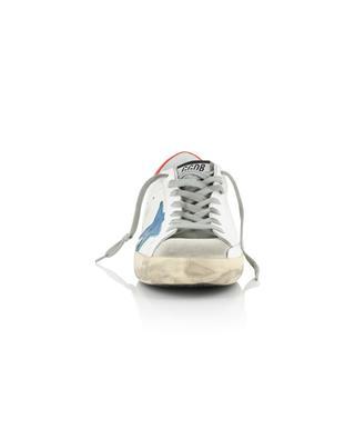 Used-Look-Sneakers aus weissem Leder mit blauem Stern Superstar GOLDEN GOOSE