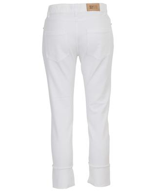 Cropped girlfriend jeans with frayed hems SLY 010
