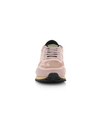 Sneakers aus Segeltuch, Leder und Wildleder mit Camouflage-Print VALENTINO