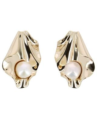 Oyster Pearl yellow gold plated ear clips with pearl AVINAS