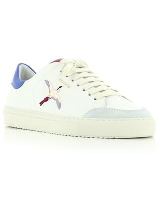 Sneakers aus Glattleder mit drei Einsätze und gesticktem Kolibri Clean 90 Birds AXEL ARIGATO