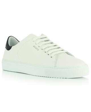 Sneakers aus weissem und schwarzem Glattleder Clean 90 contrast AXEL ARIGATO