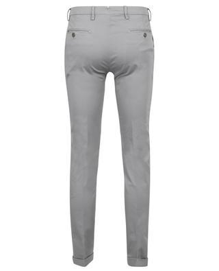 Pantalon chino slim en gabardine à revers B SETTECENTO