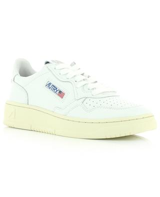 1980s Dallas low-top lace-up sneakers in white AUTRY