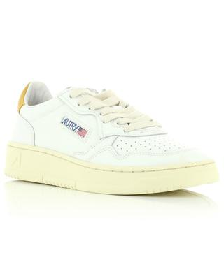 Medalist low sneakers in withe leather and yellow nubuck AUTRY